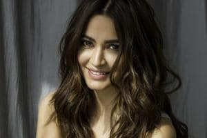 Actor Kriti Kharbanda recently shot for a song sequence, choreographer but Farah Khan, along with actors Pooja Hegde and Kriti Sanon for Housefull 4.