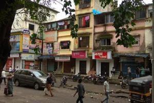 Shops and markets in Kopar Khairane, however, remained shut even on Friday.