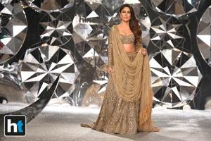 Kareena Kapoor Khan was the showstopper for designers Falguni Shane Peacock for their show at the India Couture Week 2018.