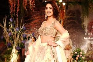 Yami Gautam looked every inch the princess at India Couture Week 2018. Florals added a touch of whimsy, fantasy and romance to the Reynu Taandon lehenga.  (Jasjeet Plaha/HTPhoto)