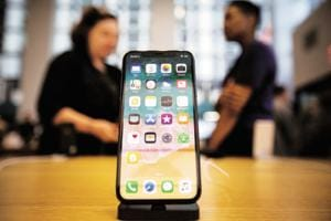 Apple sold 41.3 million units, below expectations of 41.8 million units in Q3, 2018.