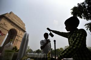 The samples of drinking water collected from 572 licensed water trolleys in the city have failed the safety parameters tests conducted by the North Delhi Municipal Corporation (NDMC).