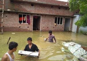 Heavy rainfall in Gonda, Bahraich and Faizabad districts led to increase in the water level of Ghaghra. On Thursday, the district administration launched rescue operations in the rural areas of Nanpara tehsil in Bahraich as over a dozen villages were inundated.