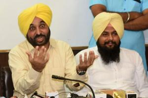 Bhagwant Mann with other leaders during a press conference at Convention center in Chandigarh's Sector 36 on Tuesday.