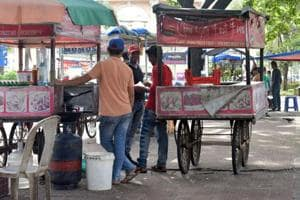 Madhav Jagtap, Pune civic body anti-encroachment department head, said that the civic body had started a drive against illegal hawkers who cook food on roadsides, thereby flouting the new hawkers' policy. The department has seized more than 700 gas cylinders from hawkers under its campaign.
