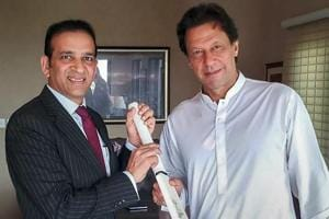 Imran Khan calls to resume dialogue with India on all issues