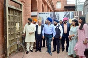 Guides of the Partition Museum with the office-bearers of the Jallianwala Bagh Centenary Commemoration Committee (JBCCC) at the Partition Museum in Amritsar on Saturday.
