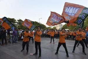 The move to hold a joint meeting of seven fronts is aimed at winning over SC, ST, OBC and minority communities, say BJP insiders.