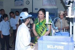 Sarika Minda, chairperson of Spark Minda Foundation, urged the inmates to maintain the quality of products.