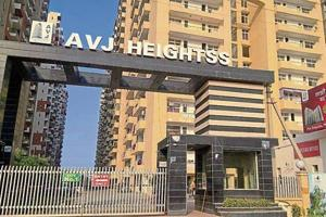 Residents of AVJ Heights alleged that balconies of many flats in the society are in a dilapidated state and that there is no security staff present.