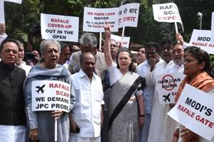 UPA chairperson Sonia Gandhi along with other opposition parties