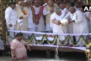 The ashes of former prime minister Atal Bihari Vajpayee immersed in Ganga river at