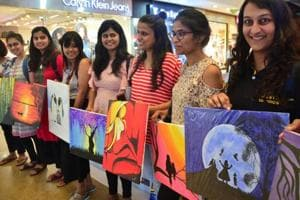 'Sell the painting' exercise undertaken by students of Strategic Business Negotiation at Fun Republic Mall in Lucknow.