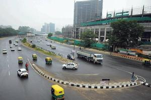 The Signature Tower to Atul Kataria Chowk road in Gurugram is typical of many roads in the city that have no name or signage.