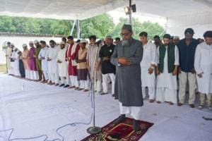 The namaz was followed by an Eid Milan programme organised and managed by a team of non-Muslim volunteers.