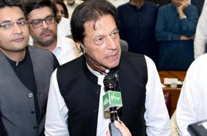 A phone conversation between Chinese Premier Li Keqiang and Pakistani Prime Minister Imran Khan (pictured) on Monday focused on the future of CPEC, according to a report in the official Xinhua news agency.