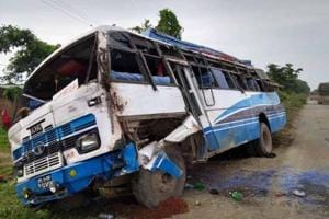 A bus carrying Kanwariyas met with an accident on NH-6 near Baheragora in Jharkhand,  leaving three persons dead and 27 other pilgrims injured.