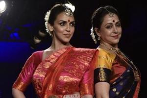 Esha Deol and mother Hema Malini looked gorgeous as they walked the ramp together at Lakme Fashion Week 2018.
