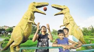 The dinosaurs park in the sector is a big hit with youngsters of the community who love playing ball in the presence of these giant animals frozen in stone.