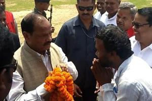 Jjarkhand chief minister Raghuabr Das chaired meetings of the party workers of Palamu and south Chhotanagpur divisions in Latehar and Ranchi on Wednesday.