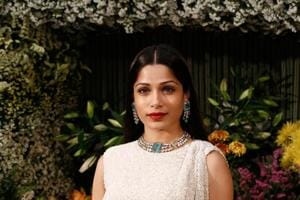 Actor Frieda Pinto doesn't wish to play white roles and wants everyone to be aware of her ethnicity.