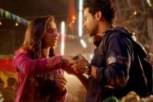 Shraddha Kapoor and Rajkummar Rao in Stree. Rajkummar falls in love with Shraddha, who everyone believes is a ghost.