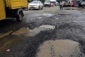 The Mayor said he and other corporators were giving a deadline of 48 hours to the municipal commissioner to pass the files of road repairs.