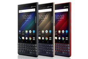 BlackBerry Key2 LE runs on inferior Snapdragon 636 processor as compared to Key2's Snapdragon 660 processor.