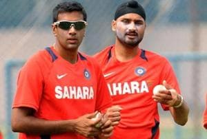 Ravichandran Ashwin (left) has managed to pick just 11 wickets in 4 Test matches in the ongoing series againstEngland.