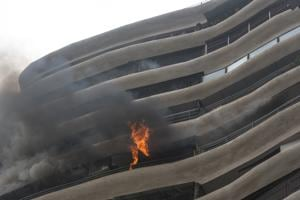 Mumbai, India - August 22, 2018: Fire breaks out at Crystal tower at Parel in Mumbai, India, on Wednesday, August 22, 2018. (Photo by Pratik Chorge/Hindustan Times)