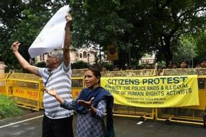 Dalit rights activists and intellectuals shout slogans against the police raid and arrest of five human right activists under the Unlawful Activities Prevention Act (UAPA) during a protest in New Delhi on August 29, 2018.