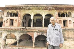 Schools and universities often approach Raj Kanwar Gupta, a retired school teacher, to act as guide for tourists visiting the area. Armed with a personal diary, Gupta is a walking repository of  Farrukhnagar's history.
