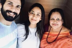 Shahid Kapoor and Mira Rajput with their doctor who helped bring their son to the world.