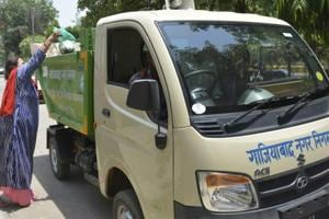 The Ghaziabad Municipal Corporation started its door-to-door daily waste collection scheme in some wards in October, 2017.