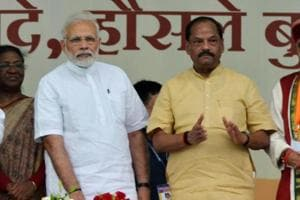 Prime Minister Narendra Modi with chief minister Raghubar Das and others  at Baliapur, Jharkhand.  Modi will launch the Centre's health insurance scheme, Ayushman Bharat, from the state on September 23, 2018.