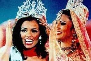 Sushmita Sen's successor, Miss Universe 1995 Chelsi Smith, was suffering from cancer.