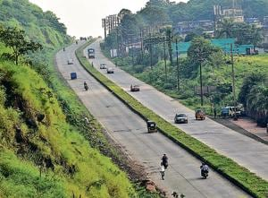 The Mumbra bypass is mostly used by vehicles going to Jawaharlal Nehru Port Trust (JNPT).