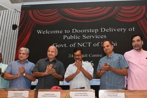 Delhi chief minister Arvind Kejriwal and his cabinet colleagues including deputy CM Manish Sisodia during the launch of doorstep delivery of public services scheme at Delhi Secretariat in New Delhi,  on Monday, September 10, 2018.
