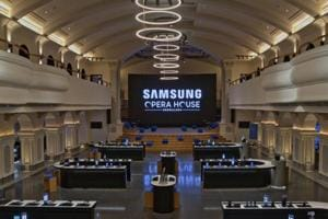 Samsung opens its biggest store world-wide