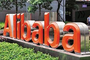 Alibaba Group Holding Ltd. is setting up a $2 billion joint venture with billionaire Alisher Usmanov's internet services firm Mail.ru Group Ltd. to strengthen the Chinese company's foothold in Russian e-commerce.