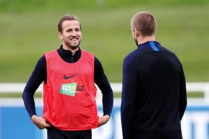 Harry Kane and Eric Dier train ahead of England's friendly against Switzerland.