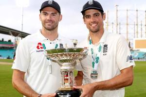 Alastair Cook receives perfect farewell as England beat India at Oval