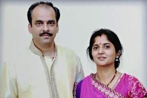 Kunal Trivedi and wife Kavita. Trivedi allegedly killed his wife and teenage daughter before hanging himself.