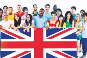The committee's report highlighted the contribution of Indian and other non-EU students to the UK economy – estimated at £17.6 billion in 2015 .
