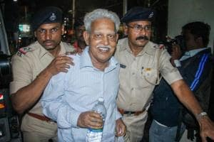 Revolutionary writer P Varavara Rao, arrested in connection with the Bhima Koregaon case, being produced at a court in Pune on Aug 29, 2018.