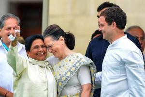 Congress leader Sonia Gandhi with Bahujan Samaj Party (BSP) leader Mayawati and Congress president Rahul Gandhi during the swearing-in ceremony of JD(S)-Congress coalition government in Bengaluru, in May 2018.