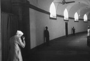 Prime Minister Jawaharlal Nehru entering the Parliament House, to inform an angry Parliament of the Indian reverses in the border war with Red China