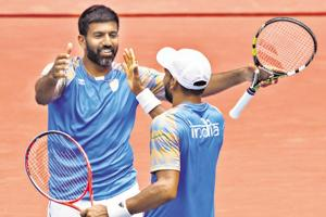 Rohan Bopanna (left) will lead India's challenge in the Davis Cup.
