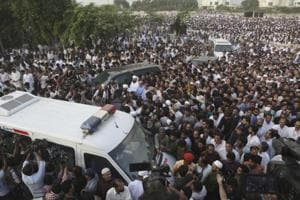 People attend funeral of Kulsoom Nawaz, wife of Pakistani jailed former minister of Pakistan Nawaz Sharif in Lahore.