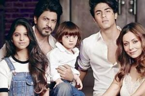 Shah Rukh Khan with daughter Suhana Khan, sons Aryan and AbRam.